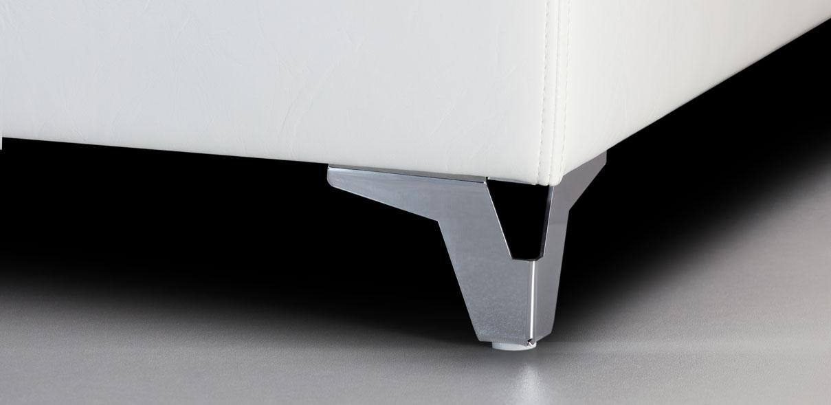 V35 - lesklé kovové nohy; výška ližin: 8 cm