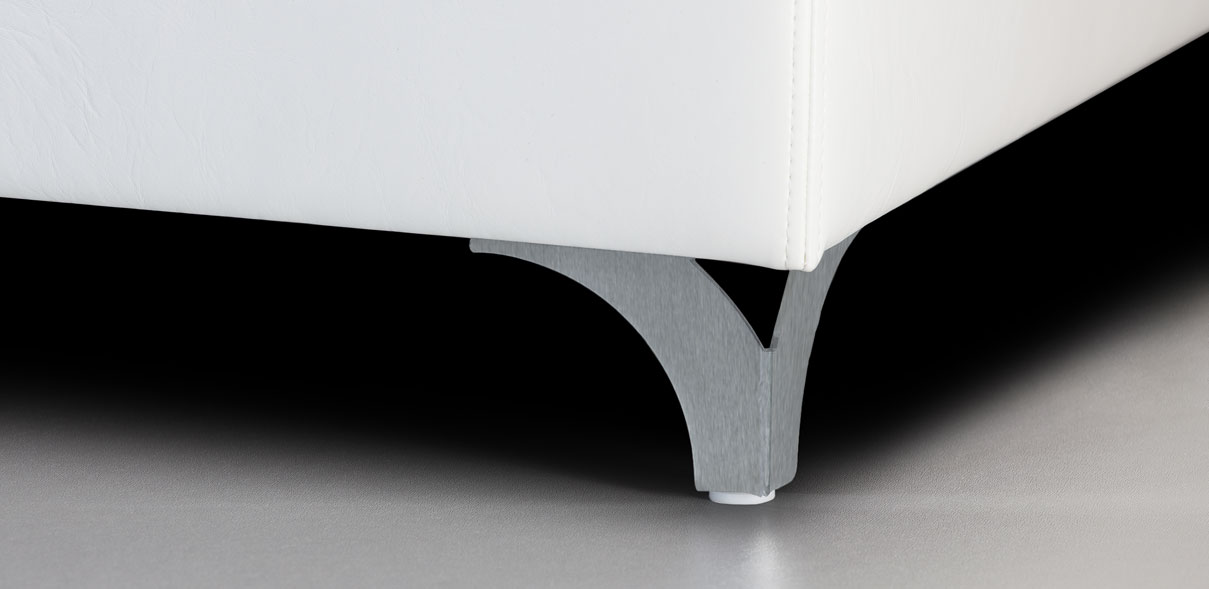 V54 - broušené kovové nohy; výška noh: 8 cm