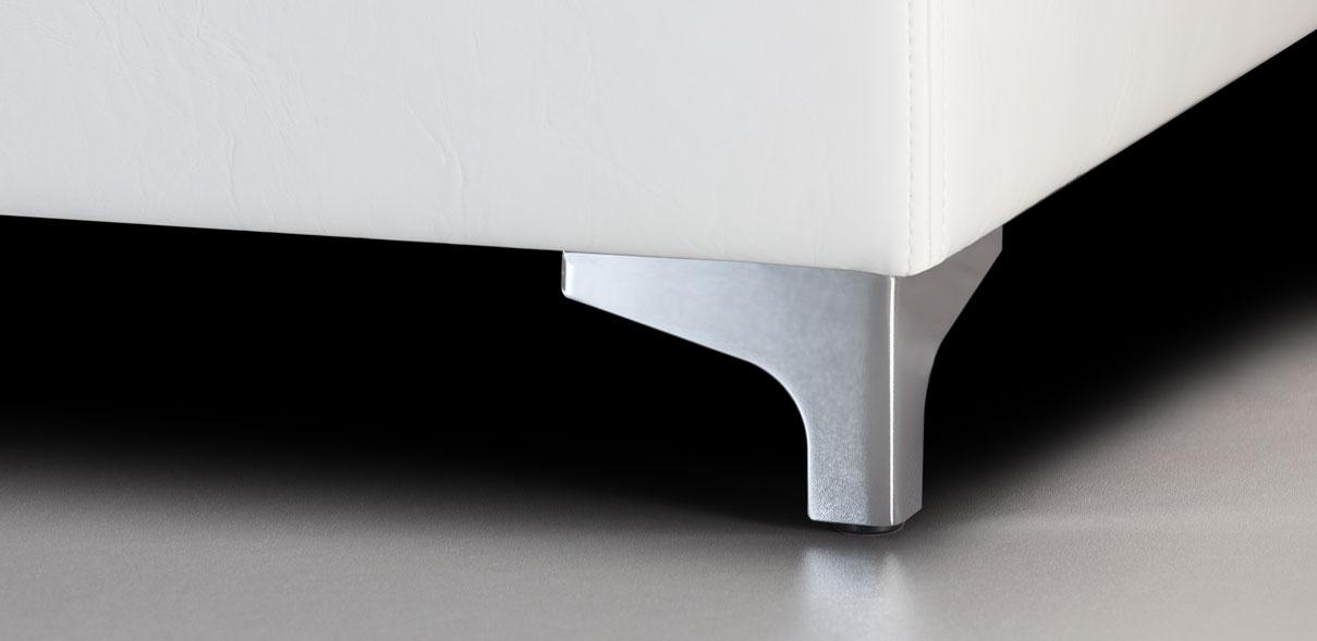 V56 - lesklé kovové nohy; výška noh: 8 cm