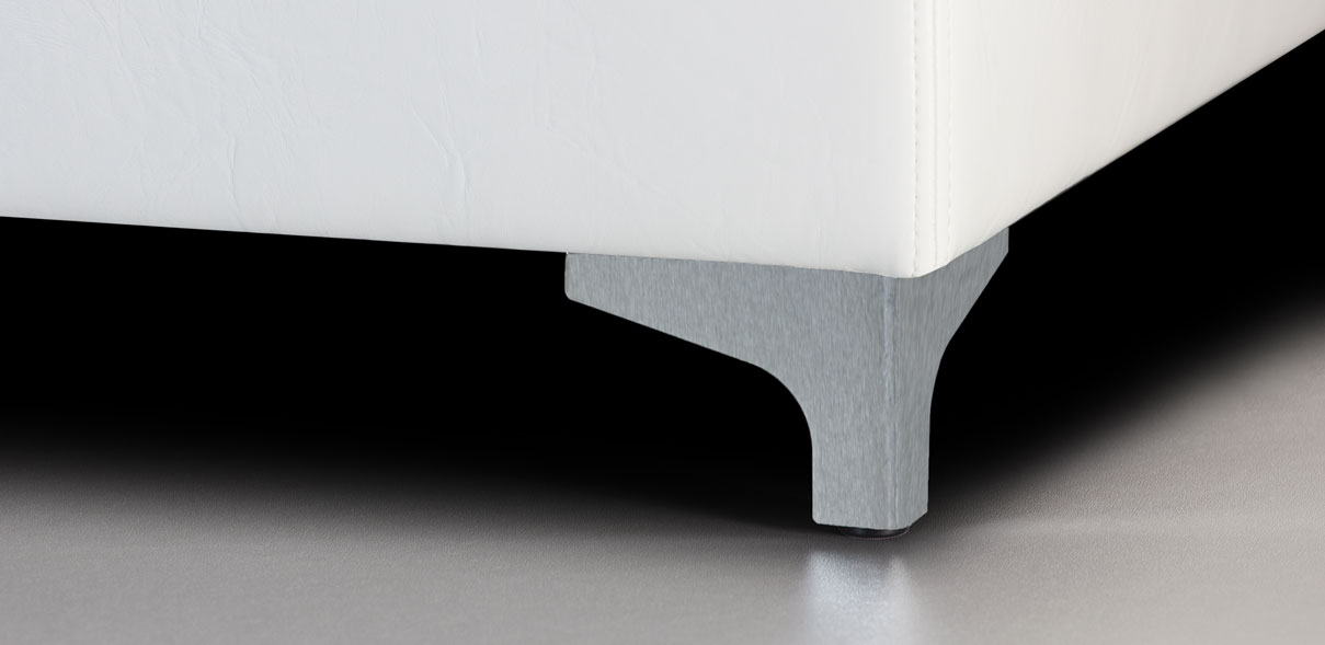 V57 - broušené kovové nohy; výška noh: 8 cm
