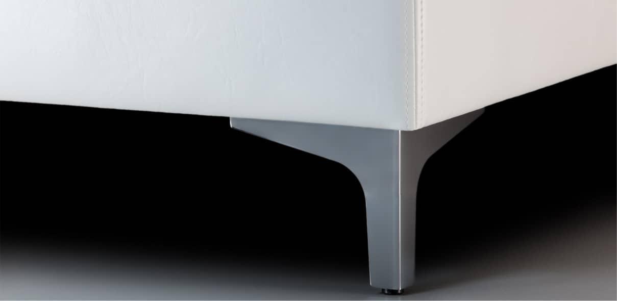V6 - lesklé kovové úzké nohy; výška noh: 10 cm