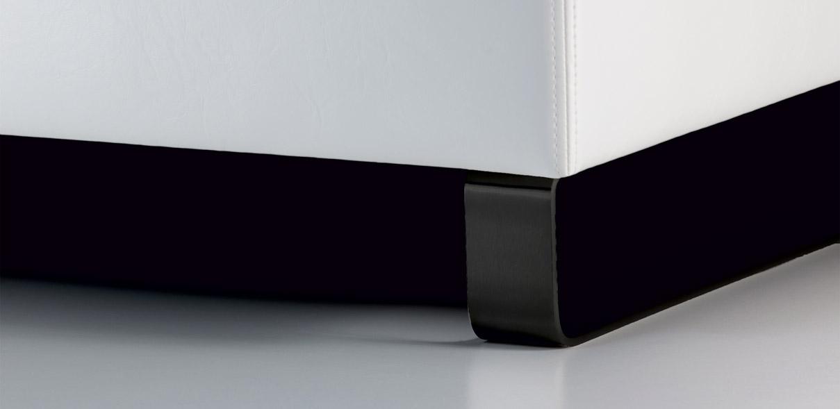V72 -  kovové ližiny s povrchovou úpravou komaxit - titan; výška ližin: 8 cm