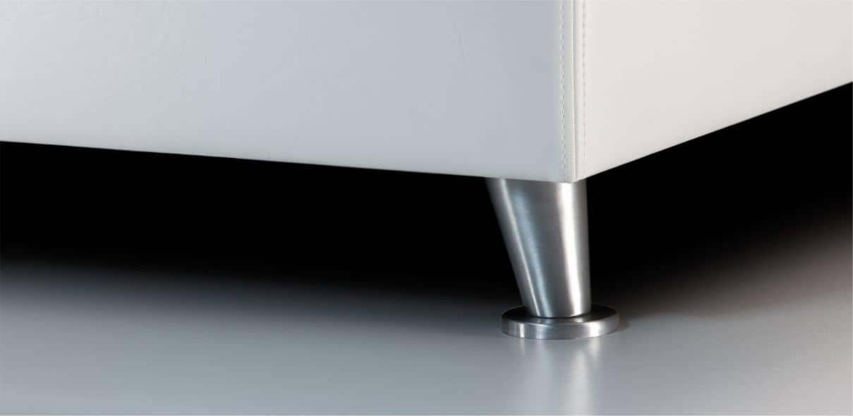 V1 - matné kovové nohy; výška noh: 8 cm