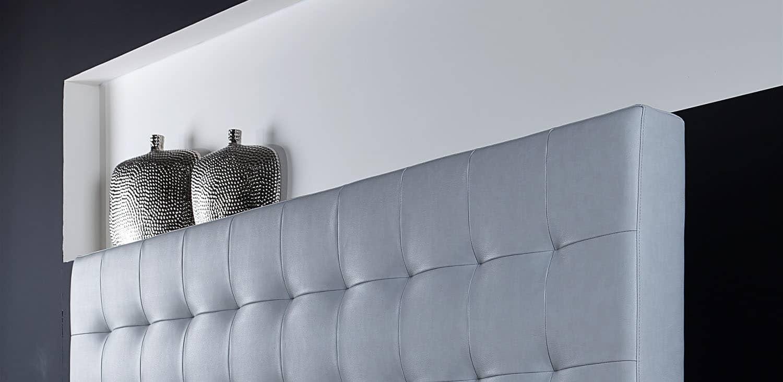 předloha pro stříhání textilní látky, usně nebo jiného materiálu určeného pro sedací soupravu musí být velmi přesná