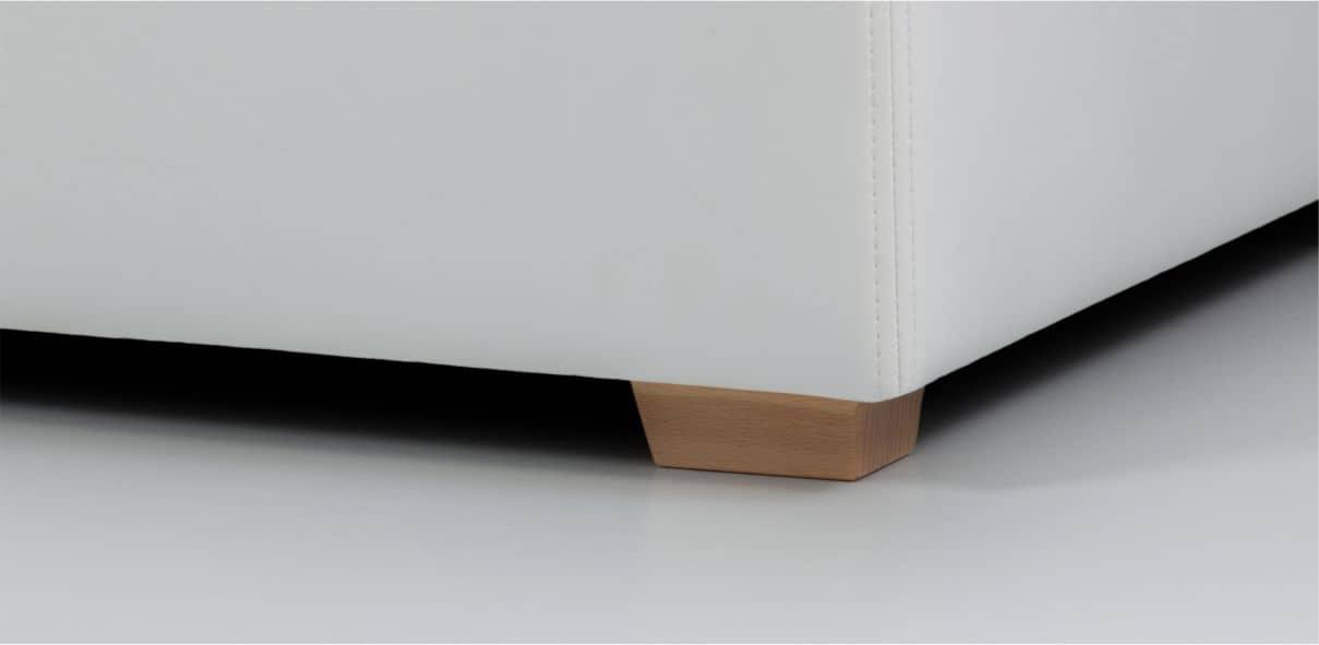 V10 - dřevěné bukové nohy s možností moření dle výběru; výška noh: 3 cm