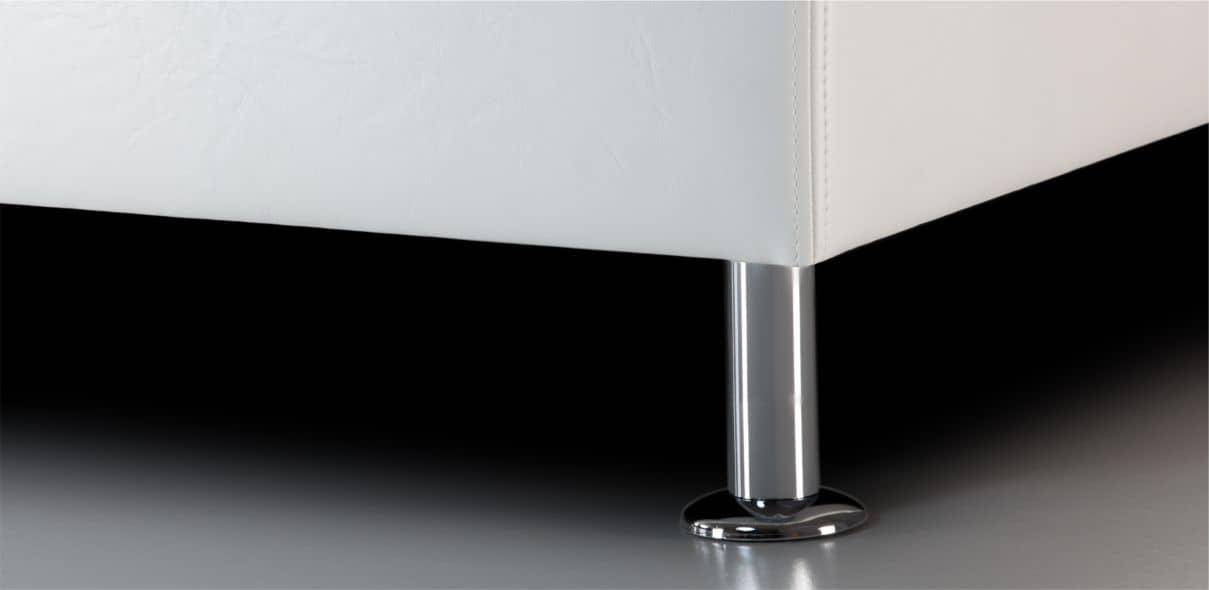 V17 - lesklé kovové nohy; výška noh: 10 cm