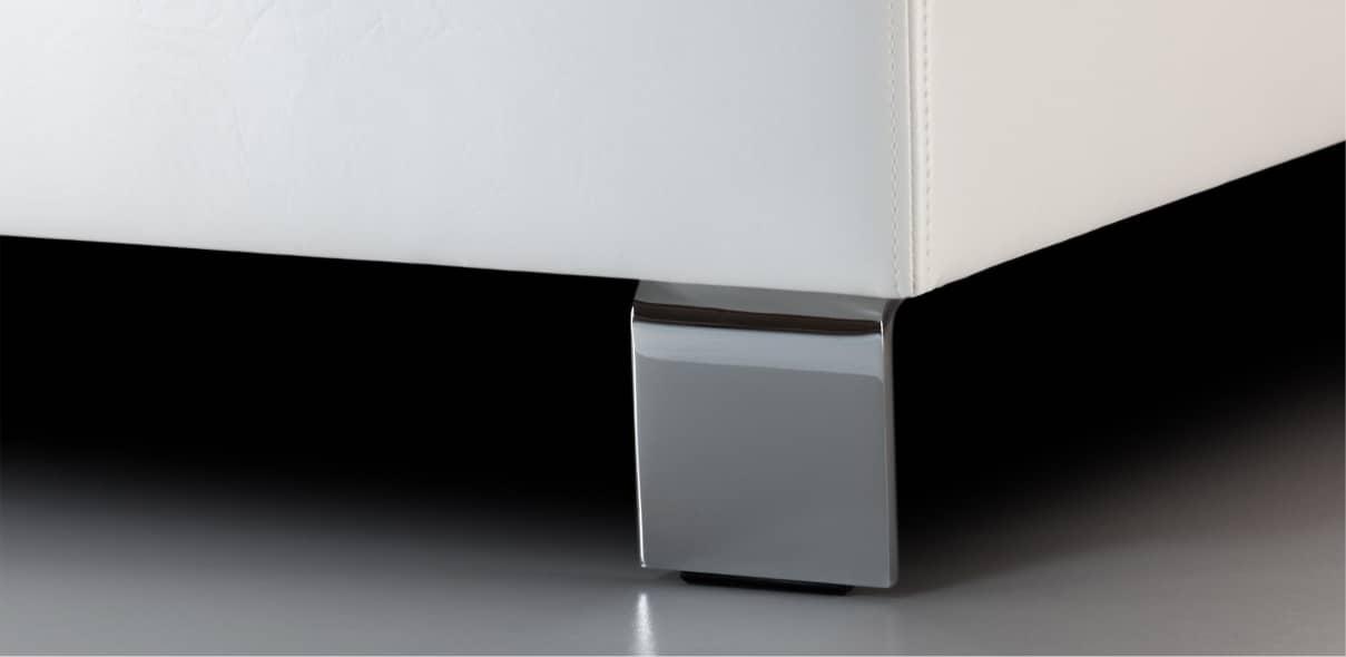 V5 - lesklé kovové nohy; výška noh: 10 cm