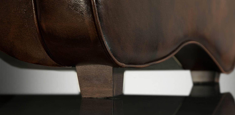 masivní nohy Vás ohromí svým kvalitním řemeslným zpracováním