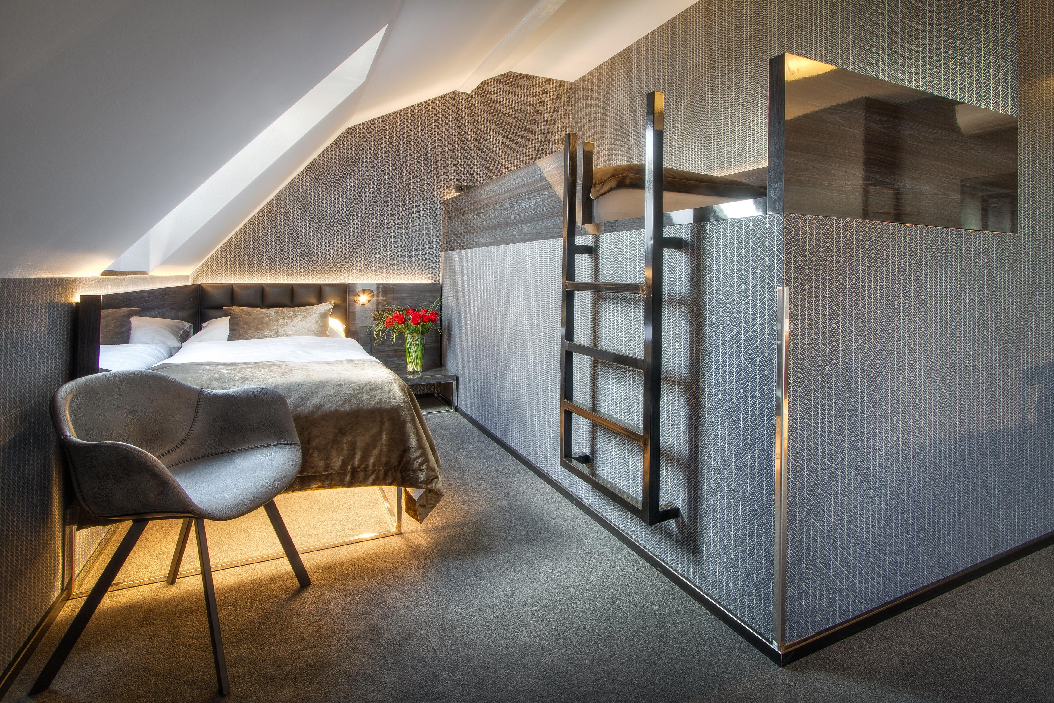 HOTEL MUCHA - Praha