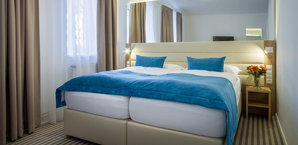 HOTEL WHITE LION **** PRAHA